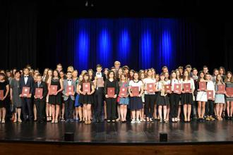 130 uczniów nagrodzonych