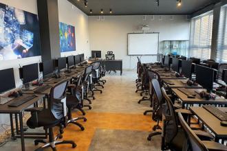 Na uczniów czekają nowoczesne pracownie informatyczne