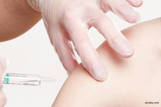 Pierwsza transza bezpłatnych szczepień przeciwko grypie zakończona – kolejna po 16 października